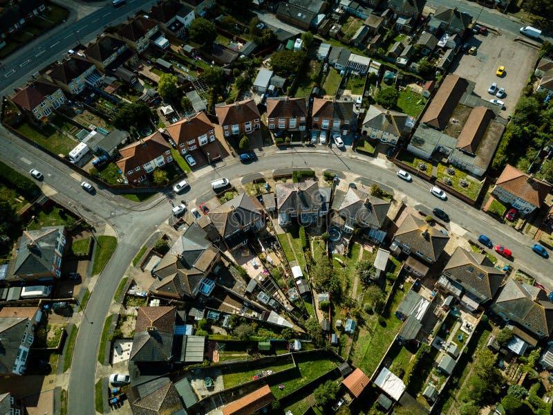 Vertikale panoramische Vogelperspektive von Vorstadthäusern in Ipswich, Großbritannien stockfoto