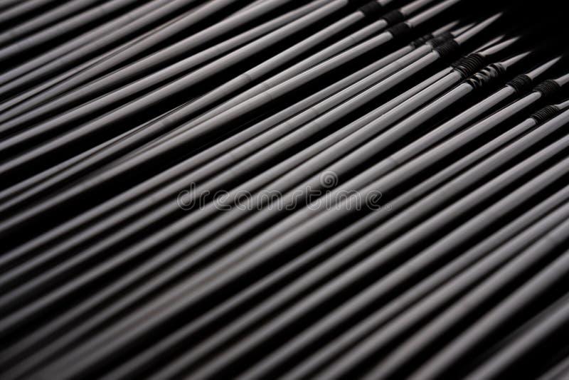 Vertikaler abstrakter Hintergrund der Edelstahlstrohe stockbilder