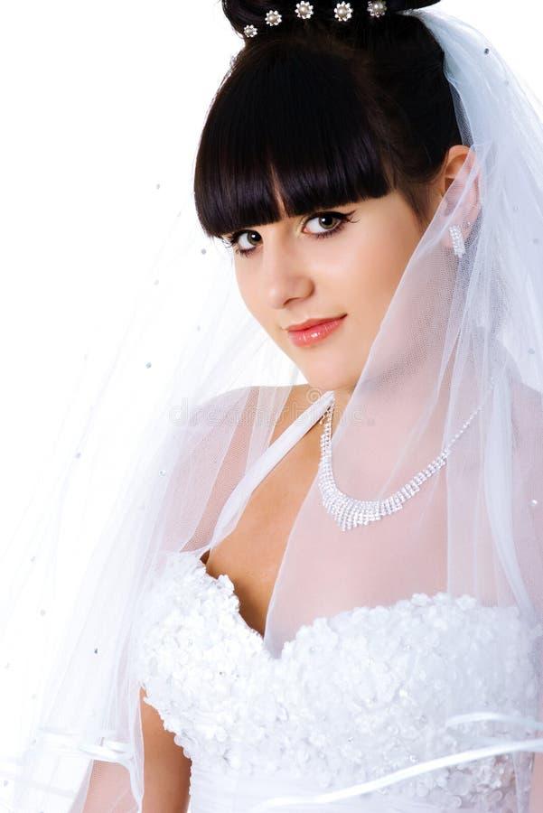 Vertikales Portrait einer schönen Braut stockbild