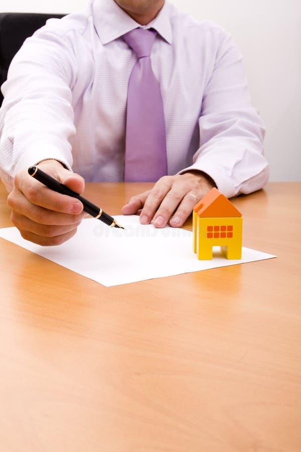 Vertrag des neuen Hauses stockfotos