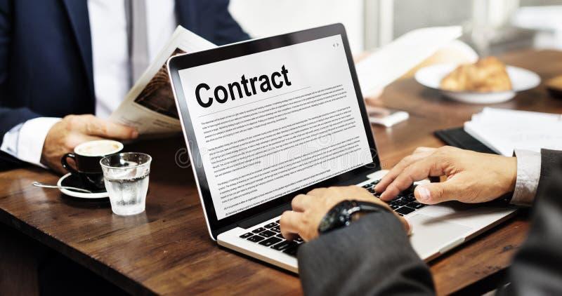 Vertrags-Vereinbarungs-Verpflichtungs-Verpflichtungs-Verhandlungs-Konzept stockbilder