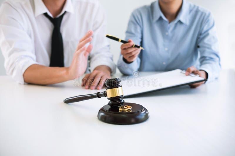 Vertragsscheidungsurteilauflösung oder Annullierung von marr lizenzfreies stockbild