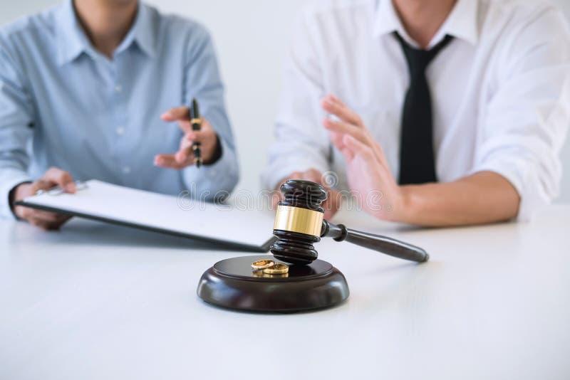 Vertragsscheidungsurteilauflösung oder Annullierung von marr stockfotos
