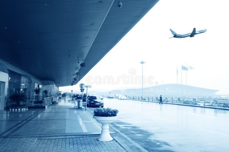 Vertrekkende vlucht stock afbeeldingen