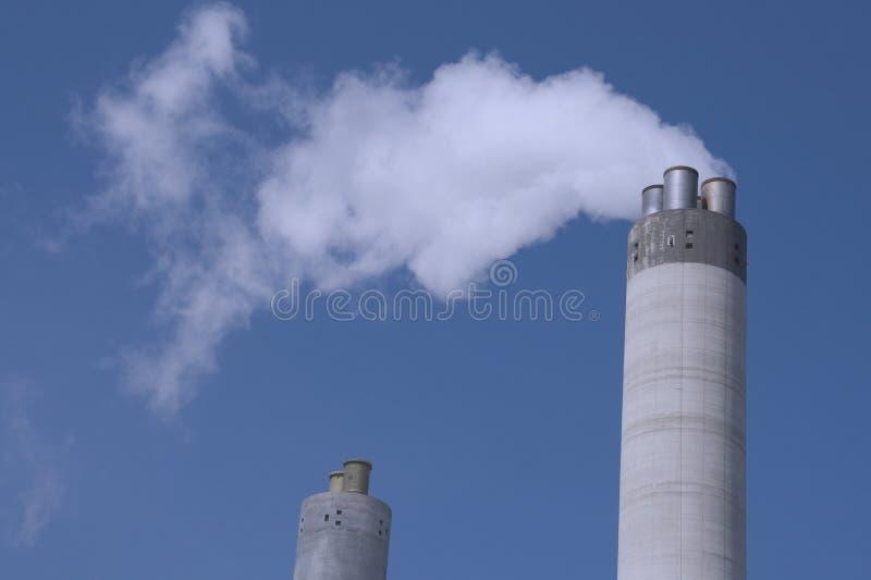 Download Verunreinigung stockfoto. Bild von eisen, fabrik, umwelt - 861196