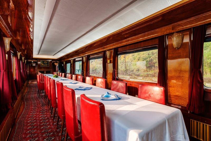 Vervoer van de luxe het oude trein royalty-vrije stock foto