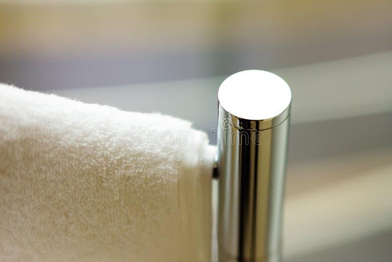 Verwarmd handdoekspoor stock afbeelding