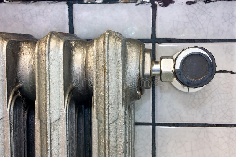 Verwarmende radiator stock afbeelding