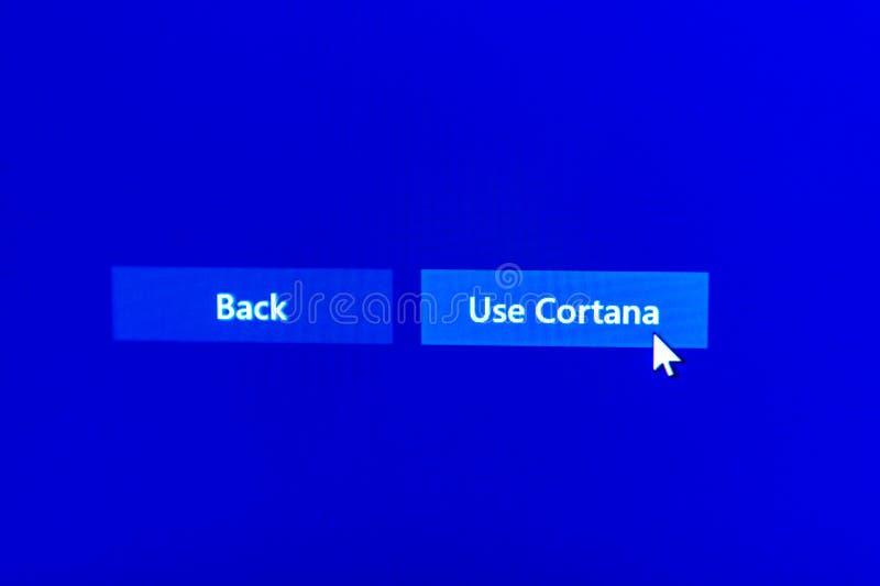 Verwenden Sie Cortana mit Mauszeiger oben stockfotos