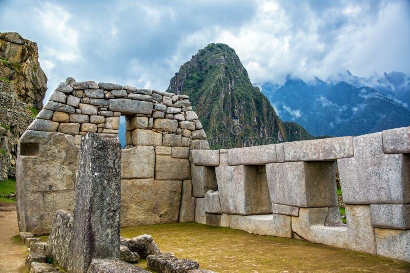 Verwickelte Steinmetzarbeit bei Machu Picchu stockbild