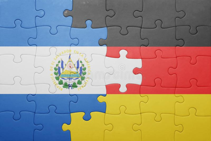 Verwirren Sie mit der Staatsflagge von Deutschland und von El Salvador lizenzfreie stockfotografie