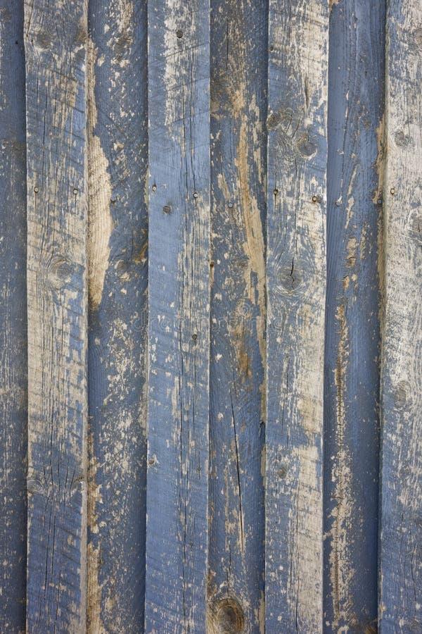 Verwittertes Holz mit grauem Lack stockfoto