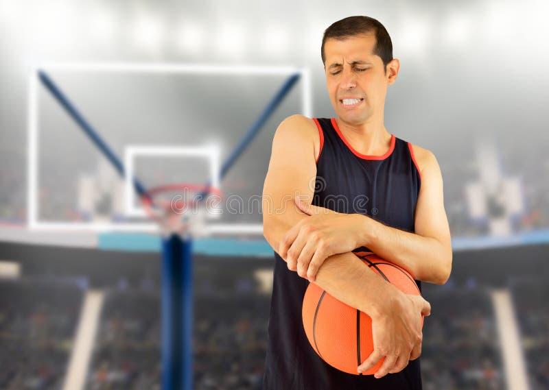 Verwonde baskeball speler royalty-vrije stock foto's