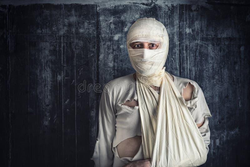 Verwonde Mens met Hoofdverbanden royalty-vrije stock afbeelding