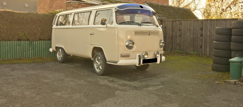 A very smart vw camper van stock photo image 35255696 for Volkswagen cannes garage