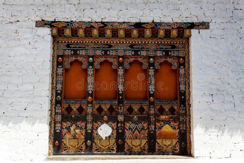 Verziertes Fenster in der Fassade von Kloster Punakha Dzong in Punakha, Bhutan stockfoto