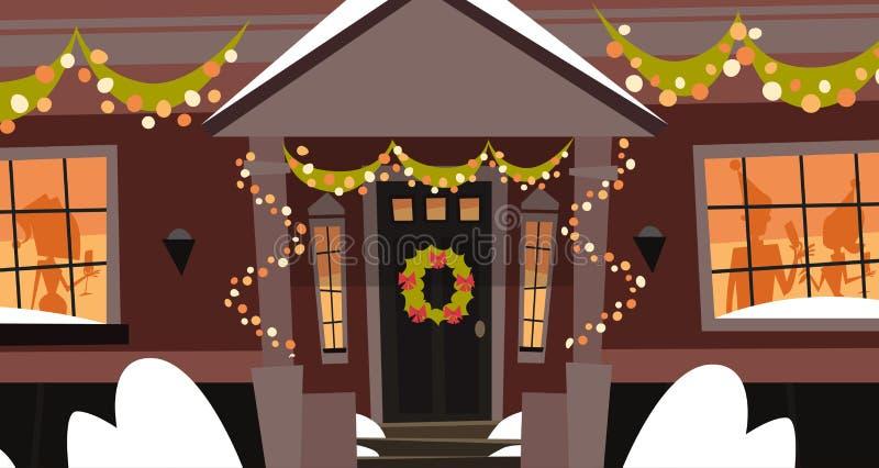Verziertes Haus-Front Door With Wreath Winter-Feiertags-Errichten, frohe Weihnachten und guten Rutsch ins Neue Jahr-Konzept lizenzfreie abbildung