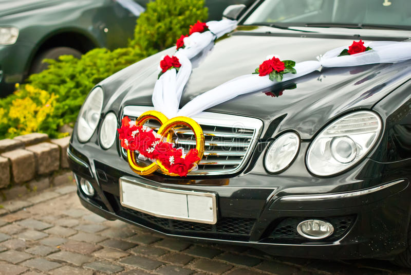 Verziertes Wedding Auto lizenzfreie stockbilder