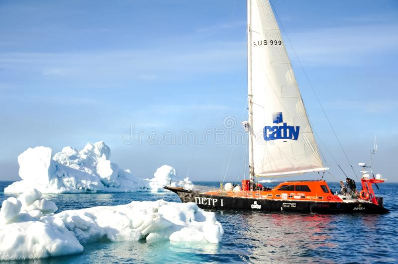 Vessel of the Arctic expedition in the waters of the Arctic Ocean stock photography