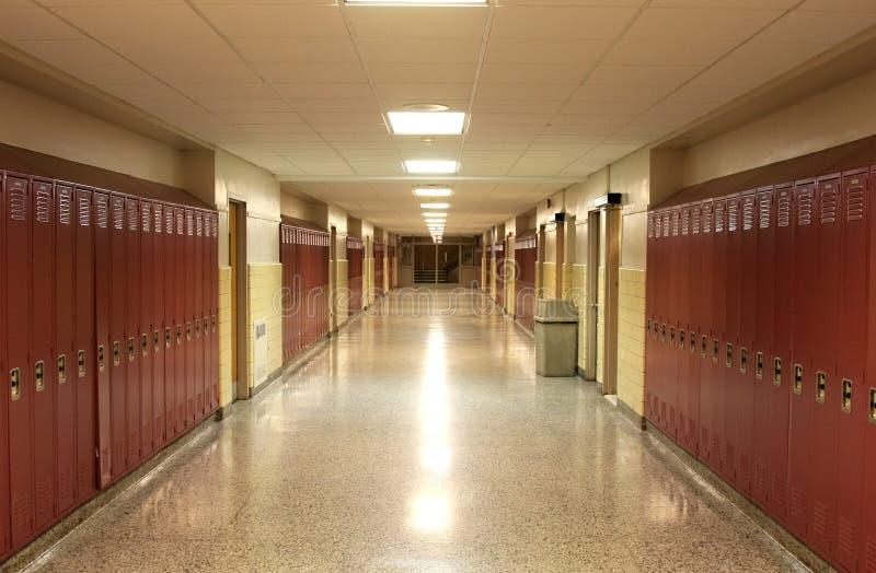 Vestíbulo vacío de la escuela fotos de archivo