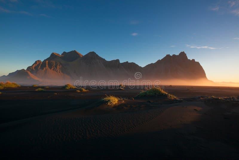 Vestahorn am Morgen stockbild