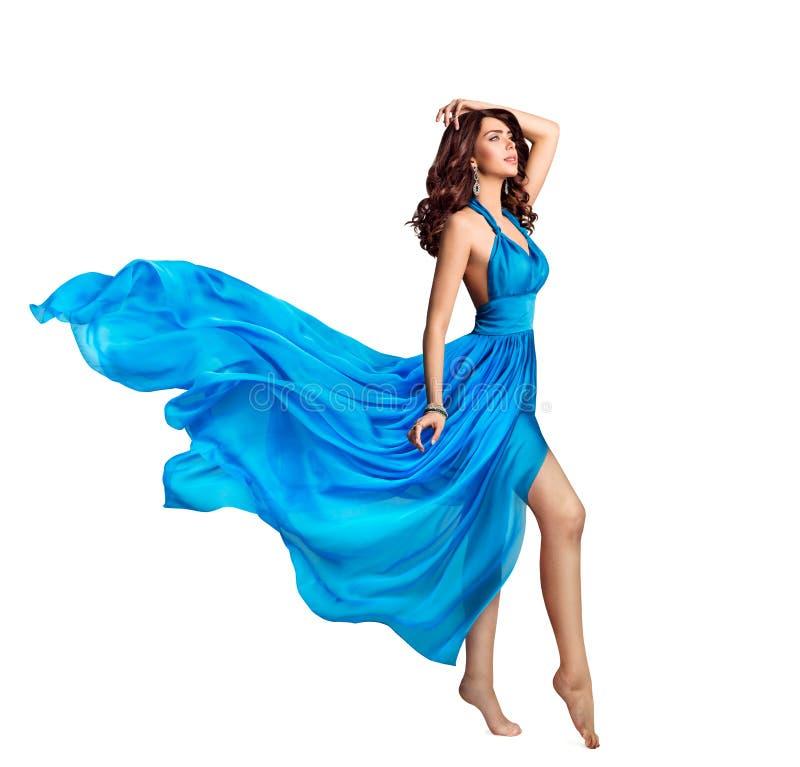 Vestido azul da mulher, modelo de forma da beleza no vestido de ondulação longo, tela de voo, branca foto de stock royalty free