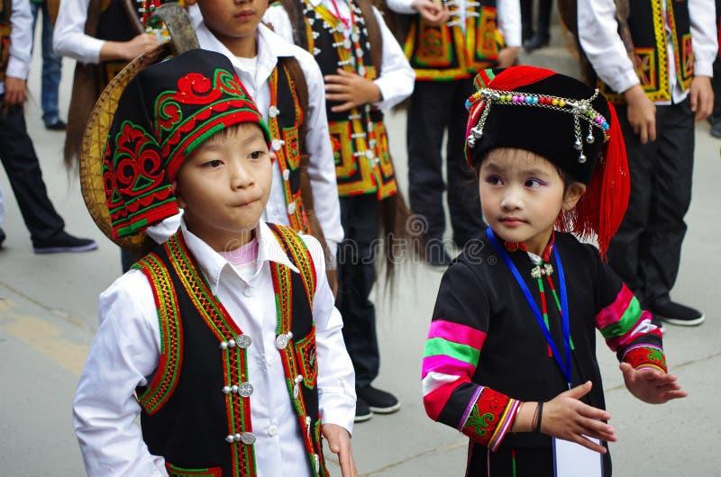 Vestido-China tradicional imagenes de archivo