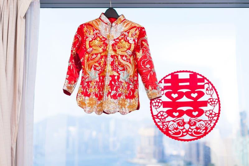 Vestido de boda chino imagen de archivo libre de regalías