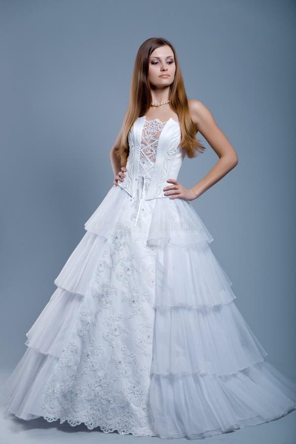 Vestido de casamento no modelo de forma fotos de stock royalty free