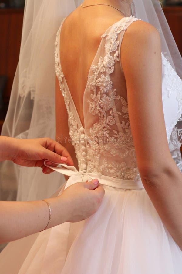 Vestido de casamento para trás fotos de stock