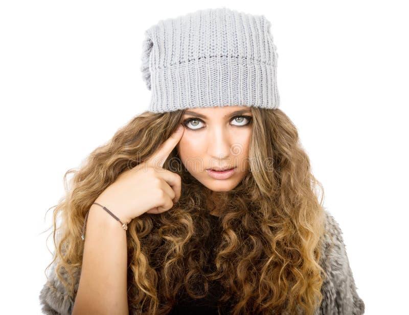 Vestido del invierno para una muchacha inteligente foto de archivo libre de regalías