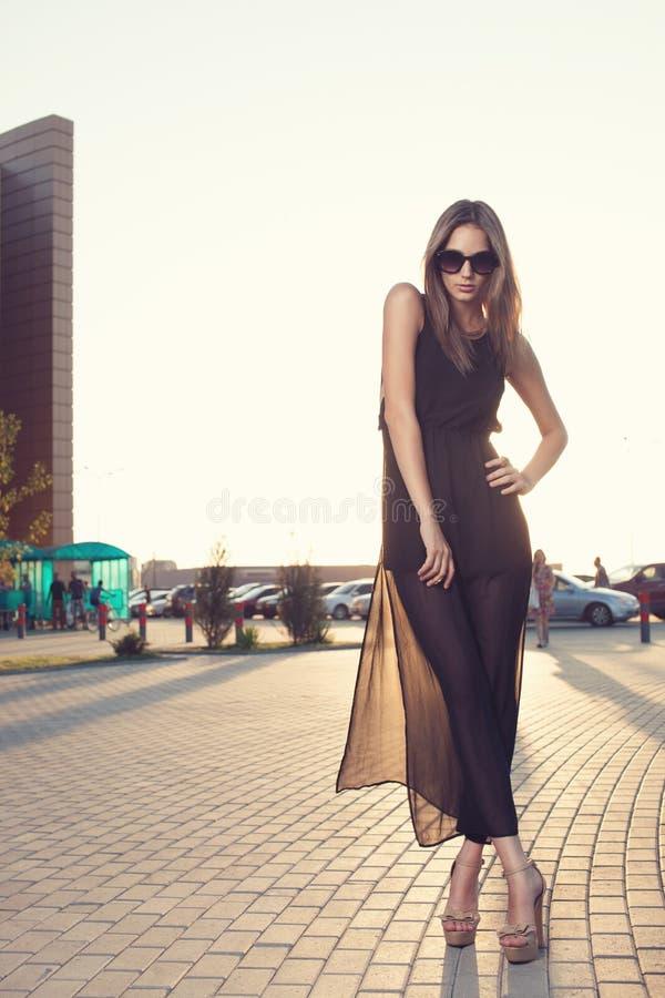 Vestido preto longo fotografia de stock royalty free