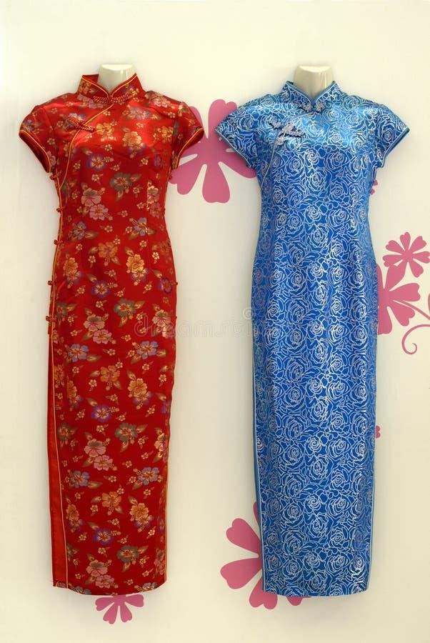 Vestidos chinos del cheongsam imágenes de archivo libres de regalías