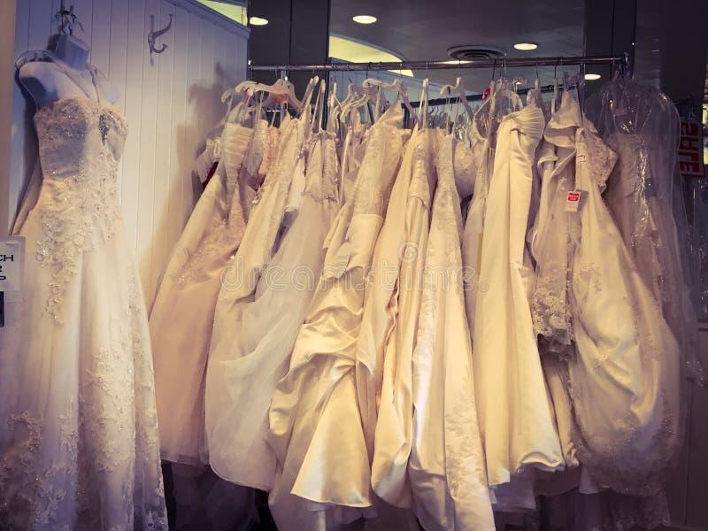 Vestidos nupciais fotografia de stock
