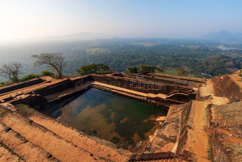Vesting van de Sigiriya de oude rots in Sri Lanka stock foto's