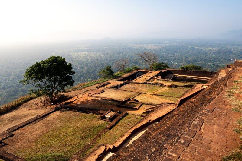 Vesting van de Sigiriya de oude rots in Sri Lanka stock afbeeldingen