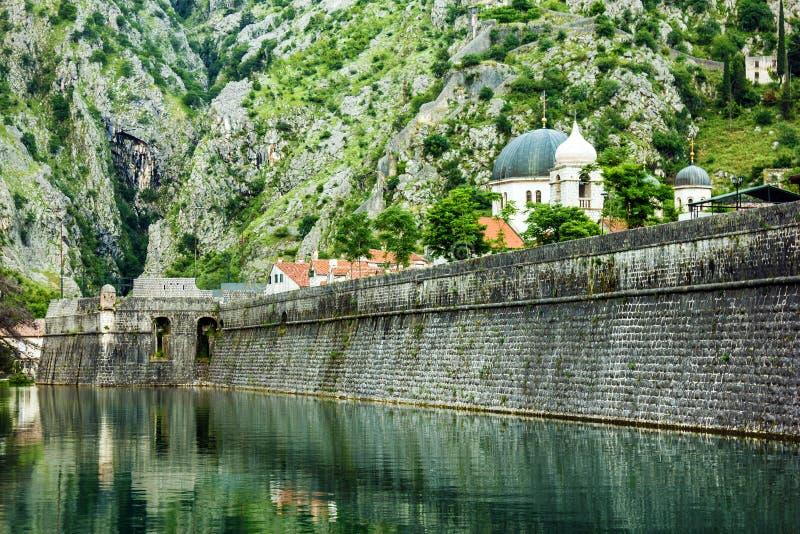 Vesting van oude stad Kotor, Montenegro oriëntatiepunt royalty-vrije stock afbeelding