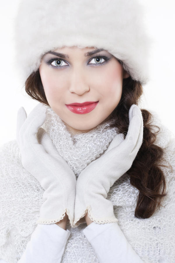 Vestiti da portare di inverno della giovane donna immagini stock libere da diritti
