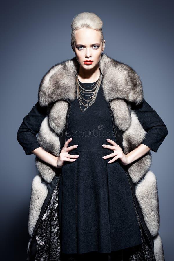 Vestiti per freddo fotografie stock