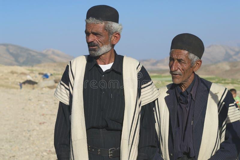 Vestiti tradizionali da usura di uomini circa Ispahan, Iran fotografia stock libera da diritti