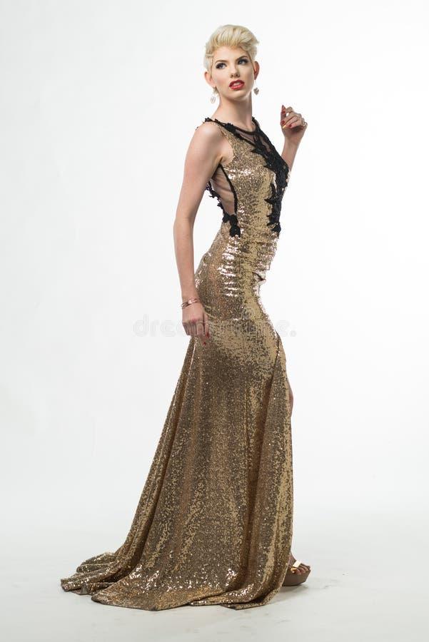 Vestito lungo ragazza