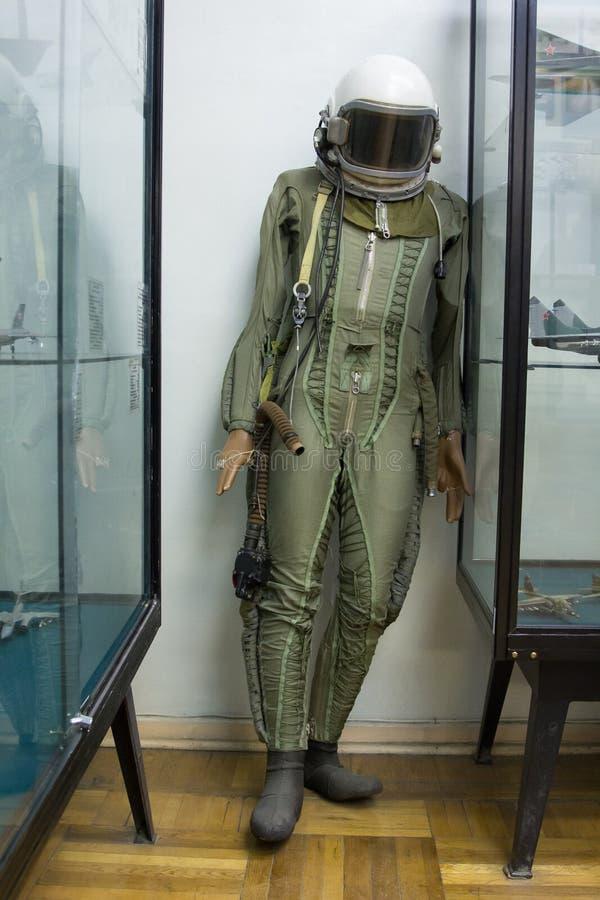 Vestito pilota nella Camera centrale di aviazione e di astronautica fotografie stock