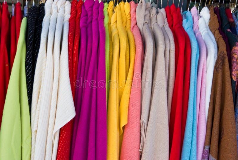 Vestuário para a venda imagem de stock