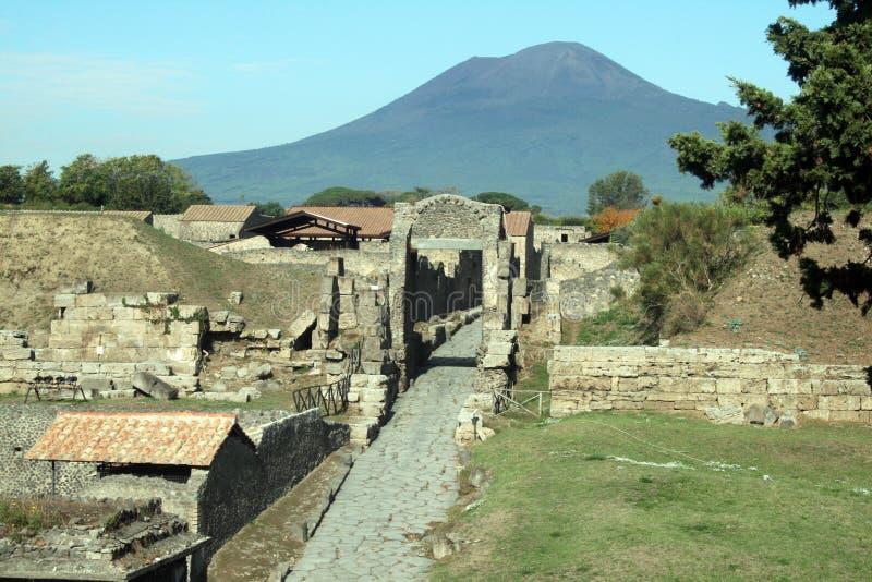 Vesuvio sobre pompeii fotos de archivo libres de regalías