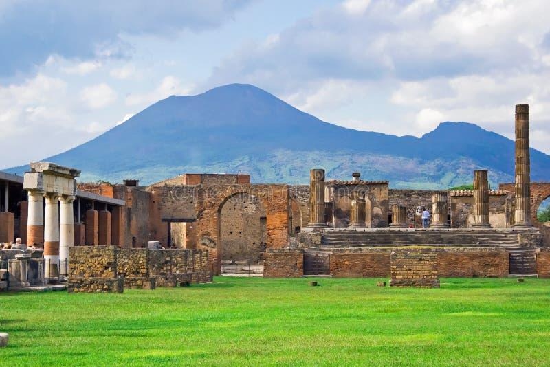 Vesuvio y Pompeii fotos de archivo