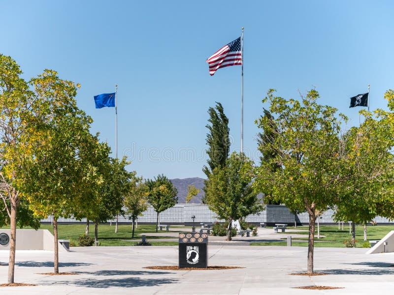 Veteran minnes- kyrkogård, Fernley, Nevada arkivbild