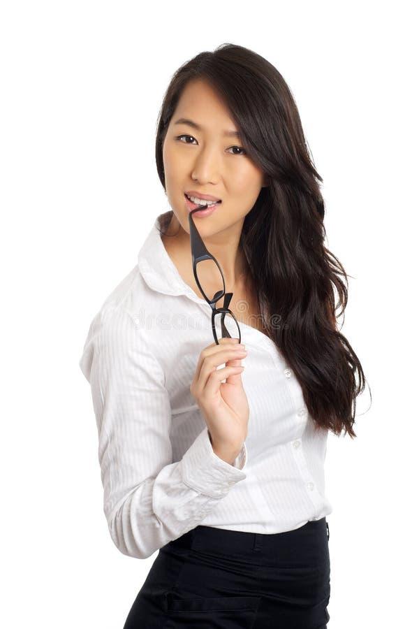 Vetri asiatici della donna di affari fotografie stock