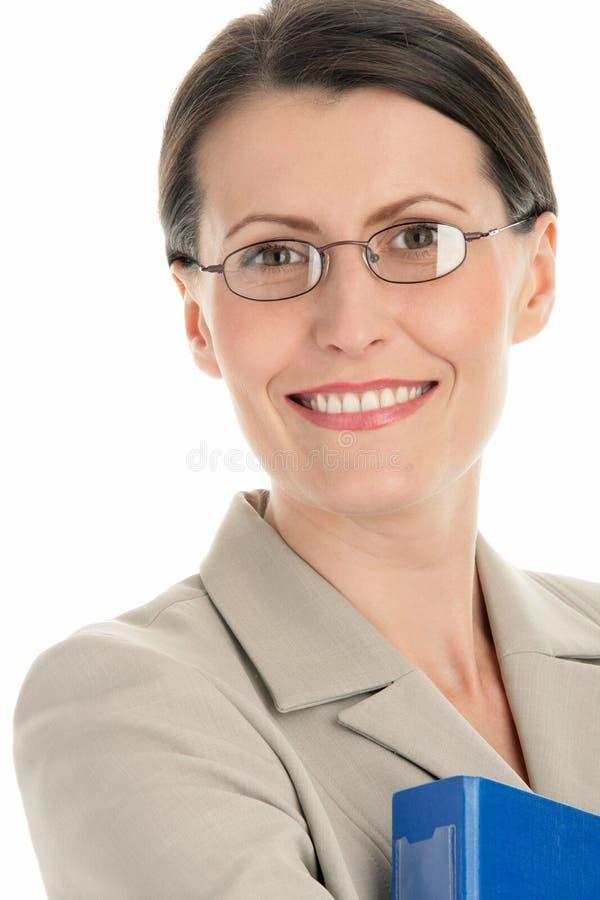 Vetri da portare della donna di affari matura fotografie stock libere da diritti