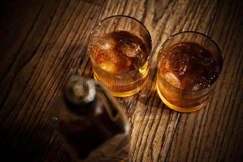 Vetri da whisky fotografia stock libera da diritti