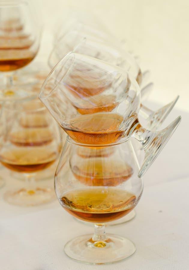 Vetri della ventosa con brandy immagine stock